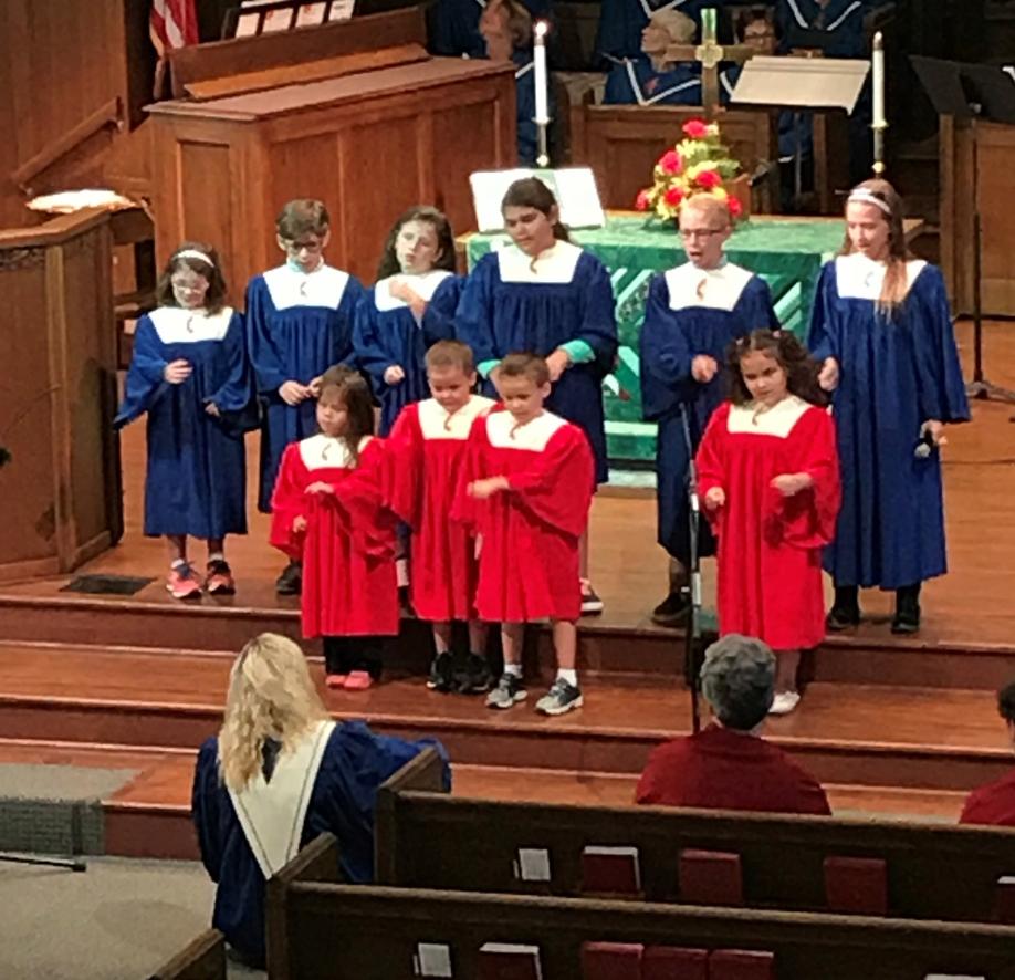 Kids singing in church pi2020